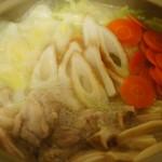 鶏がらスープの素だけで美味しい!超簡単鍋レシピ♪